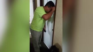 Familia migrante llora al enterarse que ICE llegó a su casa para arrestarlos