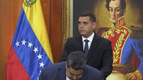 Maduro dice no tener