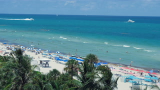 Adam + Ashley | Miami Beach, Florida | Sky deck