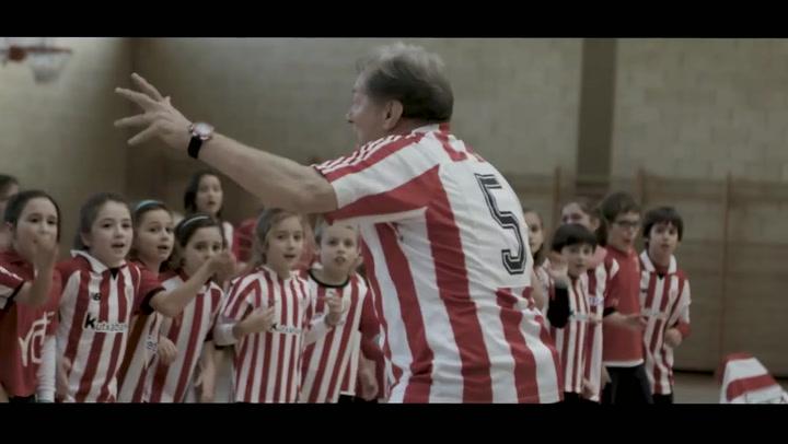 Manolo Delgado Meco, 46 años en el Athletic, fue el protagonista del vídeo más viral
