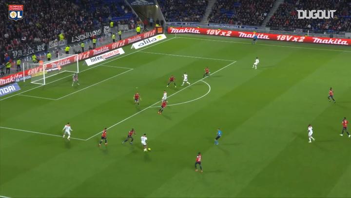 Le premier but en Ligue 1 de Léo Dubois avec Lyon