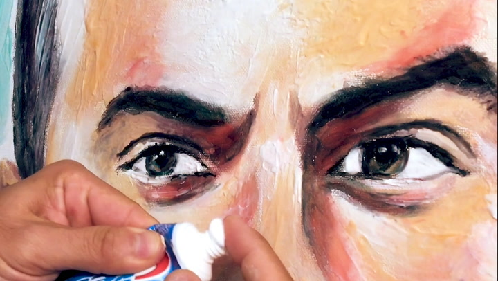 These 8 artists use everyday items to create portraits