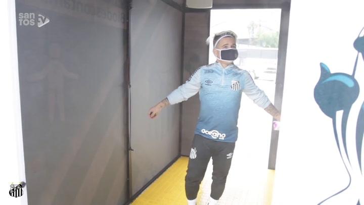 Santos instala túnel de biodescontaminação no CT Rei Pelé
