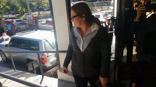 Julissa Villanueva denuncia que fue destituida de su cargo