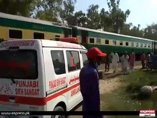 شیخوپورہ کے قریب ٹرین اور مسافر کوسٹر میں تصادم سے 19 افراد ہلاک