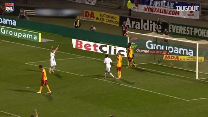 Lyon beat Lens 3-0 at Gerland