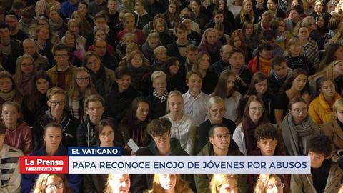 Papa reconoce enojo de jóvenes por abusos