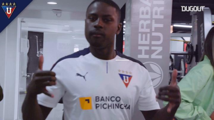 Behind the scenes: Liga de Quito's photoshoot