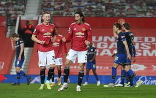 El Granada se despide de Europa con una honrosa derrota 2-0 ante Manchester United