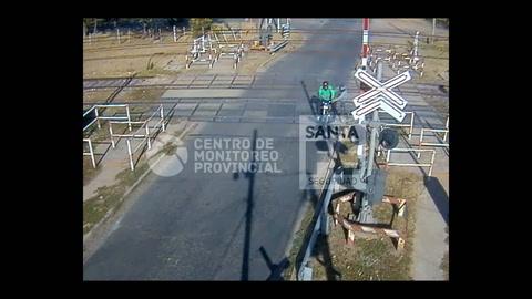 Cámaras de seguridad captan a dos ladrones detenidos in fraganti