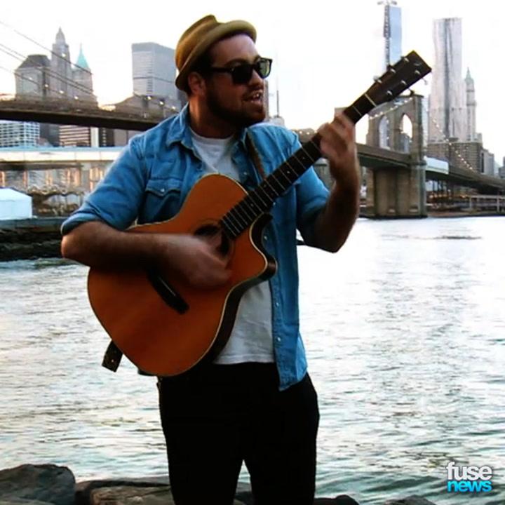 Meet Lyle Divinsky, Street Performer Turned Professional Indie Musician