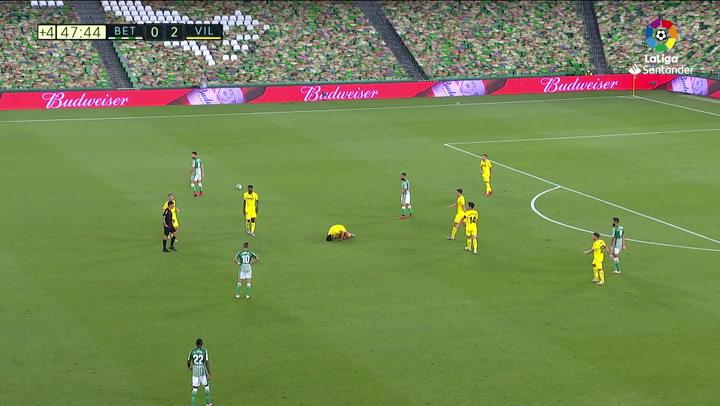 Expulsión de Fekir en el partido entre Betis y Villarreal de la jornada 33