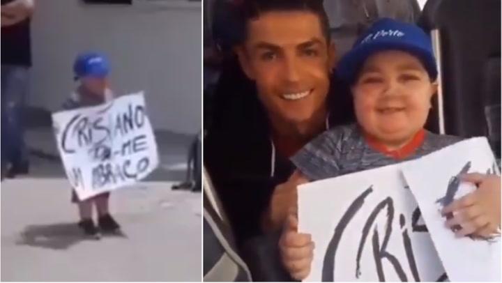 Gran gesto de Cristiano Ronaldo con un niño con leucemia