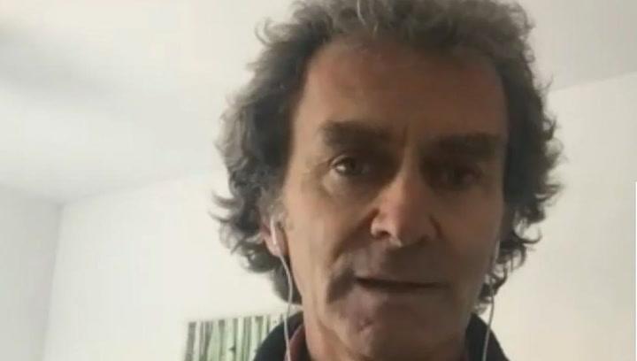Fernando Simón da una rueda de prensa desde su confinamiento en casa