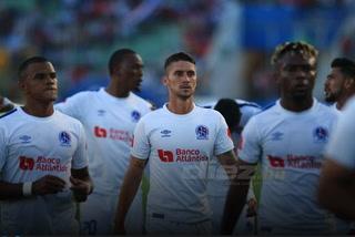 Olimpia pide árbitros internacional para final de vuelta ante Motagua