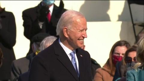 Joe Biden jura como presidente de EEUU con un llamado a la