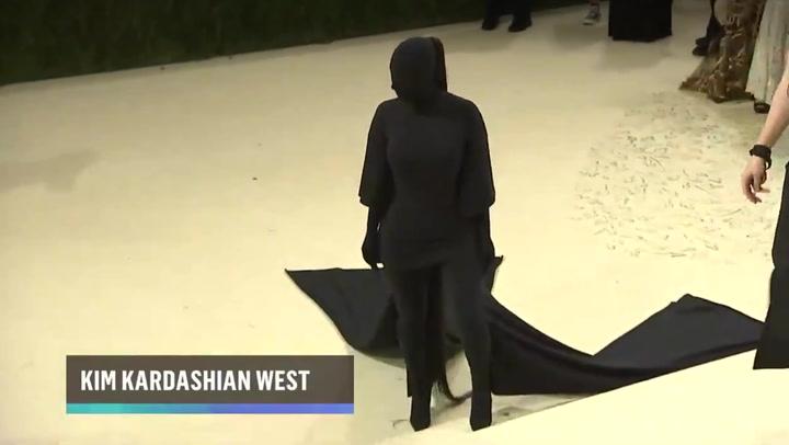 Kim Kardashian divides Met Gala viewers in full-body black Balenciaga