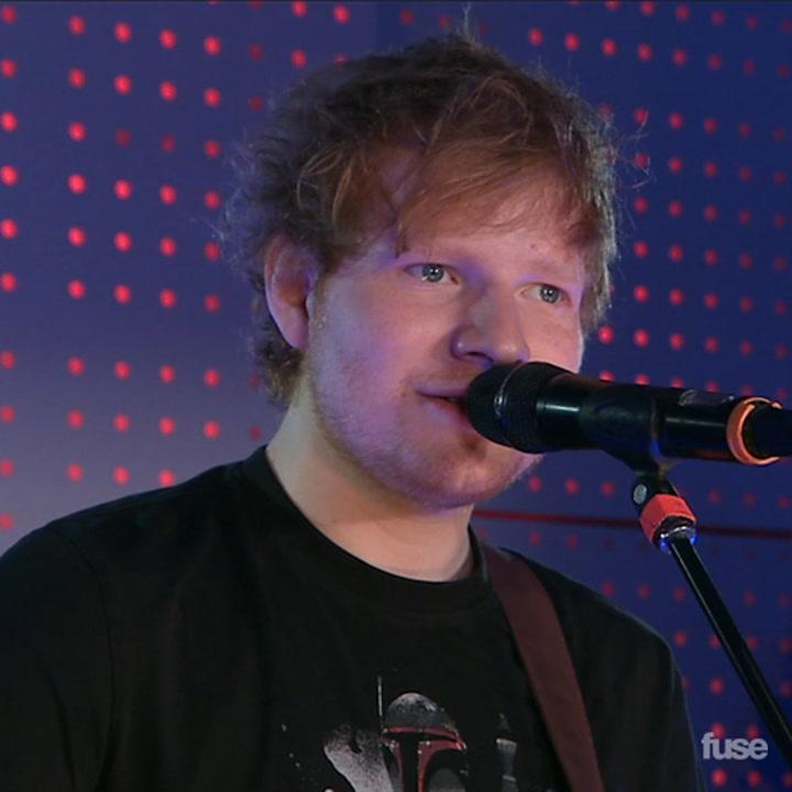"Ed Sheeran Performs ""Give Me Love"" At Delta T4X Pop-Up Terminal"
