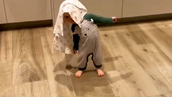 James Jordan enjoys hilarious \'conversation\' with baby Ella
