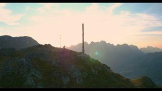 Thumbnail von St. Antons Bergkulisse Im Sommer