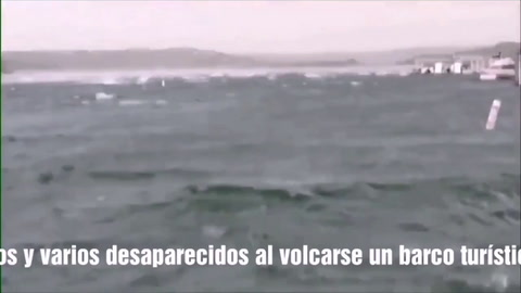 Diecisiete muertos al hundirse un anfibio en medio de una feroz tormenta