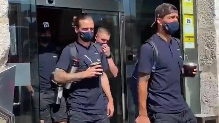 Los jugadores del Barça ya están camino del José Zorrilla