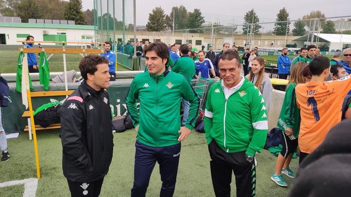 Alexis dirige su primer entrenamiento con el Betis