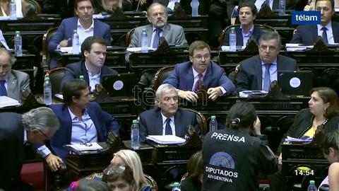 Algunos diputados querían tomar el Congreso a las piñas, dijo Massot