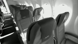Innelåst på fly: - Et mareritt
