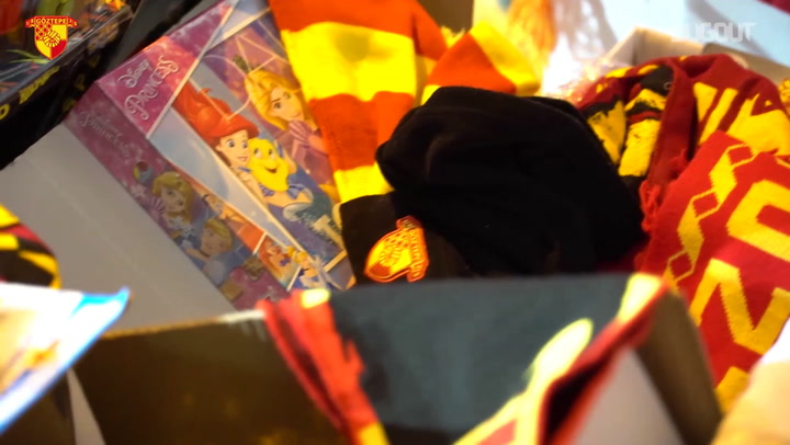 Göztepe Collects Toys and Scarves for Kids