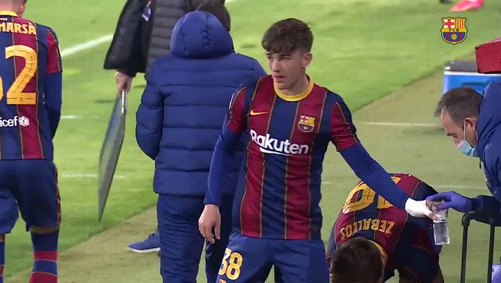 """Gavi celebra su debut con 16 años en el Barça B: """"Trabajando todo llega"""""""