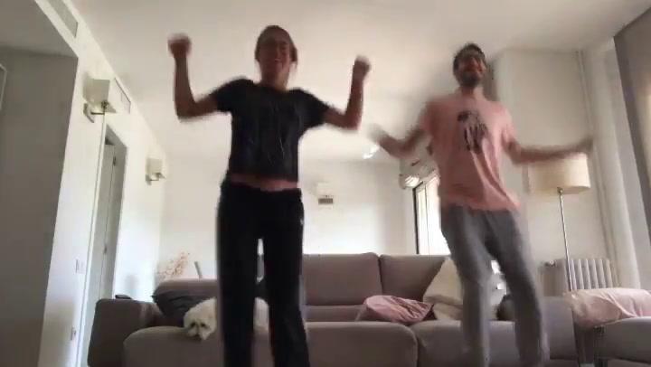 Un arrítmico Abrines se apunta al 'Just Dance'