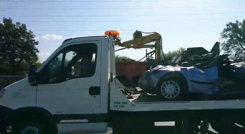 Dramático rescate de dos mujeres tras un accidente en Circunvalación