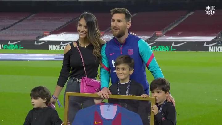 Reconocimiento a Messi por sus 768 partidos como azulgrana