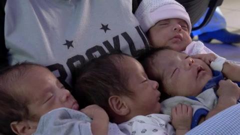 En pandemia, un tapabocas separa a una madre primeriza de sus cuatrillizos