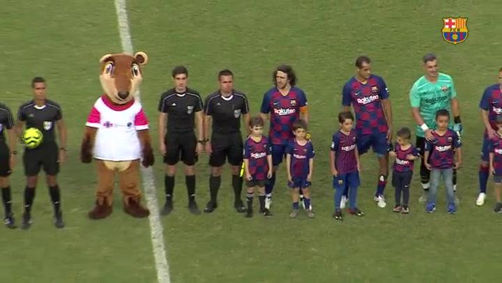 El Barça Legends golea en el estreno de Puyol