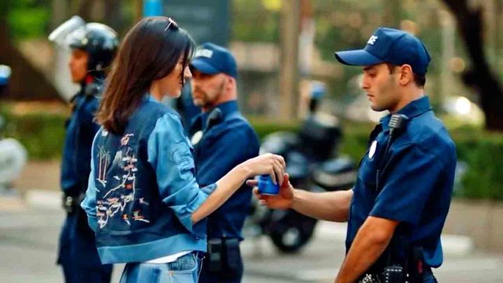 Ny Pepsi-reklame får internett til å rase