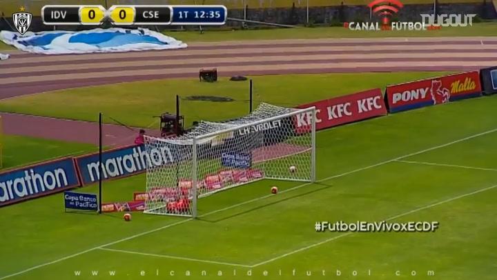 Efrén Mera's half-volley goal vs Emelec
