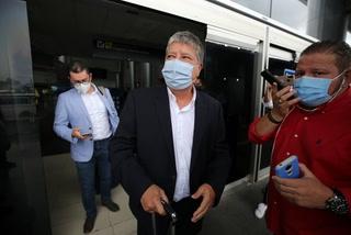 Hernán 'Bolillo' Gómez ya está en Honduras para asumir el mando e intentar rescatar a la Selección Nacional