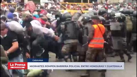 Migrantes rompen barrera policial entre Honduras y Guatemala