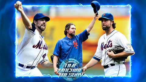 Mets pitcher R.A. Dickey wins his 20th game in 2012