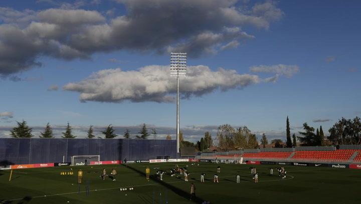 Entrenamiento del Atlético de Madrid previo al partido de Champions contra el Salzburg