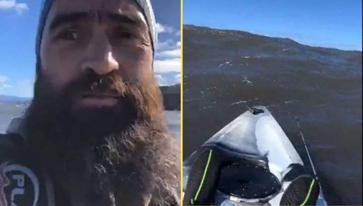 Un kayakista se graba antes de morir perdido a la deriva en el océano