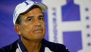 Venezuela le dio un baño a Pinto en su estreno con la Selección Nacional.