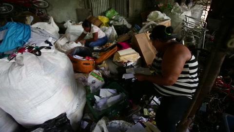Guna Nega, el pueblo panameño pegado a un basural que sobrevive del reciclaje