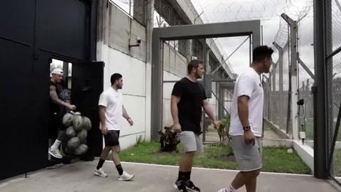 Inolvidable visita de los All Blacks a un equipo de rugby de una cárcel