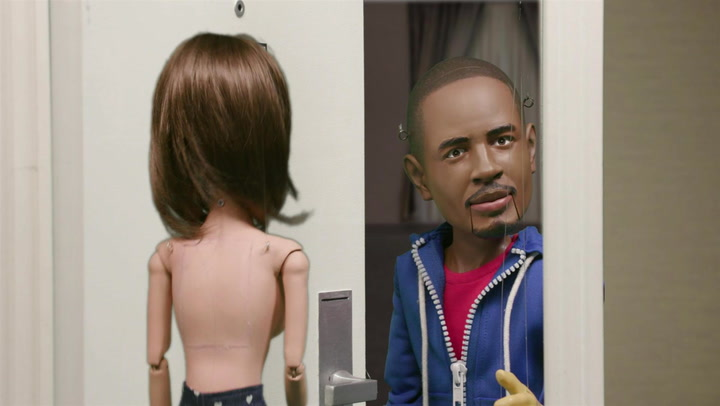 Damon Wayans Jr. Winds Up In A Naked Family Feud