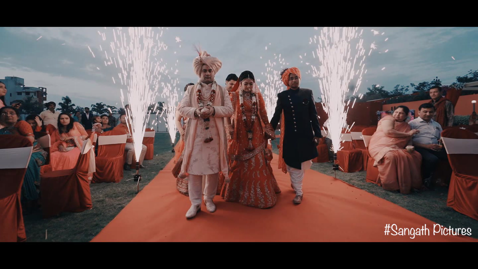 ASHISH + EKTA | Rajkot, India | ELEGANCE PARTY LAWNS