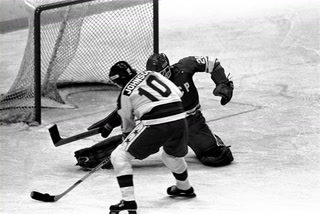 Miracle on Ice center Mark Johnson reflects on the 1980 Winter Olympics – VIDEO