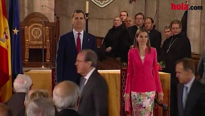 Los Príncipes de Asturias, próximos Reyes de España, asisten a su primer acto oficial juntos tras anuncio de la abdicación